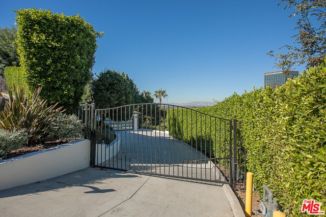 Image 2 for 3751 Multiview Dr, Los Angeles, CA 90068
