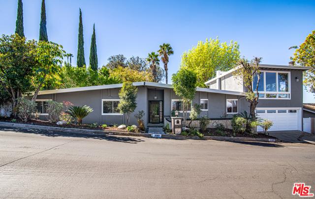 3381 Wrightwood Drive, Studio City, CA 91604