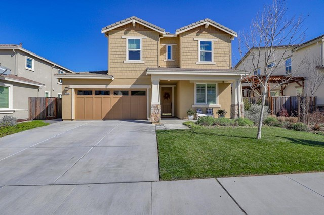18820 Nutmeg Drive, Morgan Hill, CA 95037