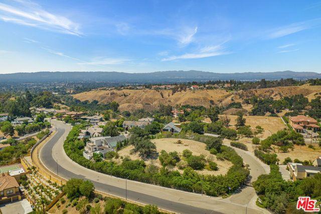 Photo of 18160 Knoll Hill, Granada Hills, CA 91344