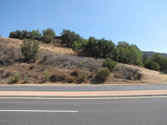Photo of 2 Midbury Hill Rd, Newbury Park, CA 91320
