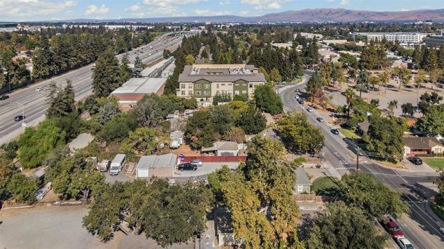 Image 17 of 945 Thornton Way, San Jose, CA 95128