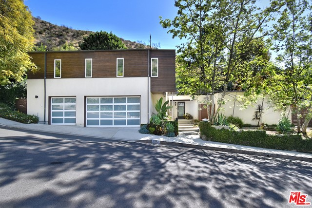 29. 1262 N Norman Place Los Angeles, CA 90049