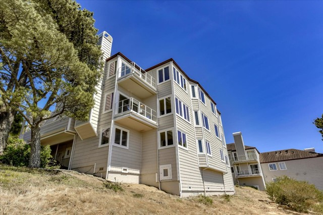353 Green Ridge Drive 3, Daly City, CA 94014