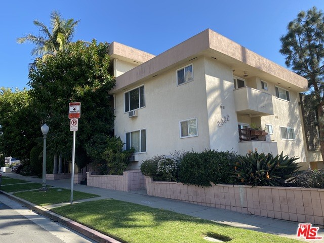 2332 S BEVERLY GLEN, Los Angeles, CA 90064