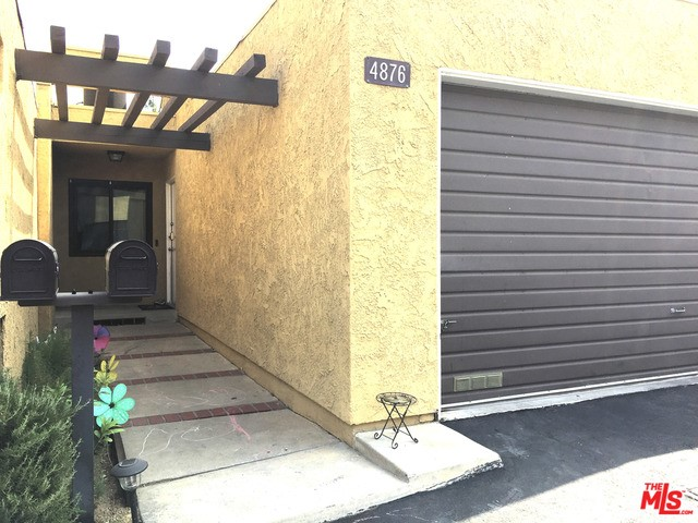 4876 Via Colina #A11, Los Angeles, CA 90042