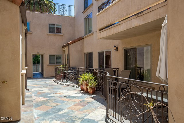 4. 4466 Coldwater Canyon Avenue #105 Studio City, CA 91604