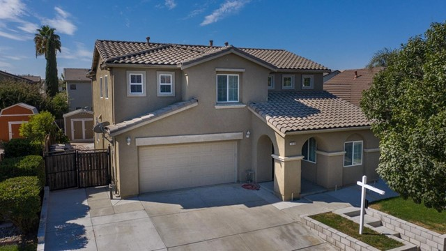 1410 Jake Creek Drive, Patterson, CA 95363