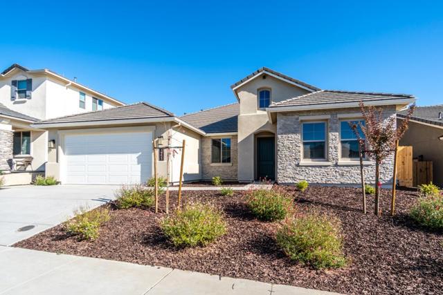 1611 Castlerock Drive, Hollister, CA 95023