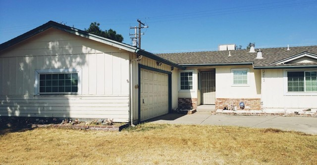2065 Tokay Avenue, Turlock, CA 95380