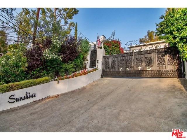 Photo of 7475 MULHOLLAND Drive, Los Angeles, CA 90046