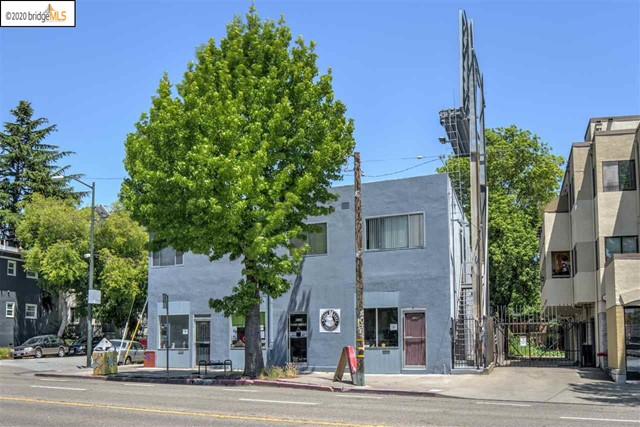 6126 Telegraph Ave, Oakland, CA 94609