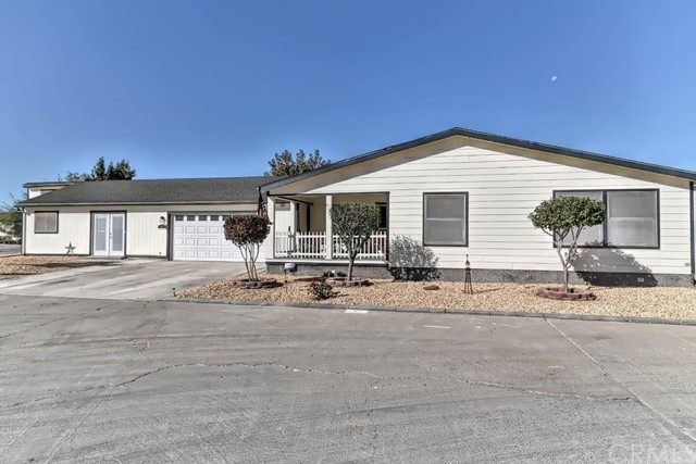 22241 Nisqually Road 97, Apple Valley, CA 92038