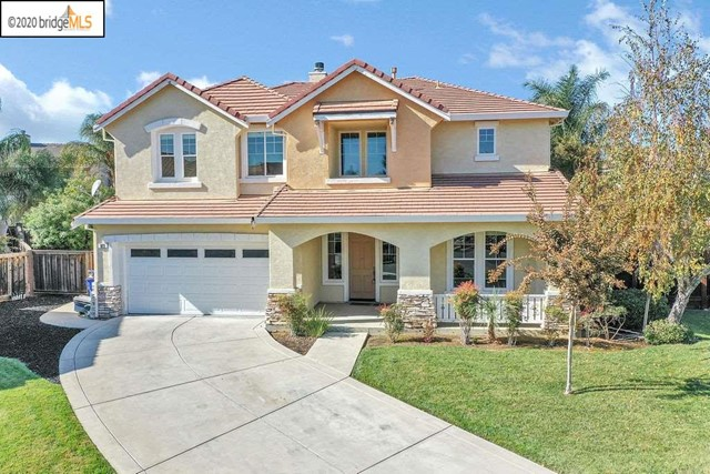 Welcome Home! This large Mediterranean style home located in Shadow Lakes is a perfect place to celebrate the upcoming holiday season in. Located on a Court this 3069 sq. ft. home has 4 bedrooms and 3.5 bathrooms.  In this rarely built floorplan all 4 bedrooms are located upstairs including a Jr. Master Suite and workspace nook.  Downstairs you're welcomed with a tile entry that leads to the oversized Family Room complete with a fireplace and 2 overlooking landing areas. The Kitchen shows maple cabinets with granite tiles and an eat-in kitchen Island. In addition off the kitchen is perfect breakfast room that could be easily used for a school room or the perfect spot to have your morning coffee.   The home has an oversized 2 car garage and a large laundry room.  The home sits on a 6,996 sq. ft. lot with a patio and spacious grass area. Conveniently located close to 3 school levels, shopping, and highway access. This is the perfect place to call home just in time for the holidays