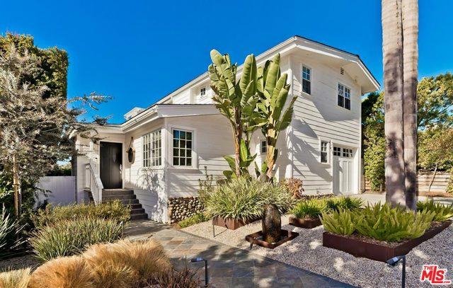 623 Las Lomas Ave, Pacific Palisades, CA 90272