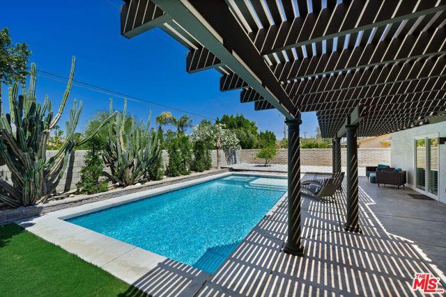 Image 17 of 1815 N Viminal Rd, Palm Springs, CA 92262