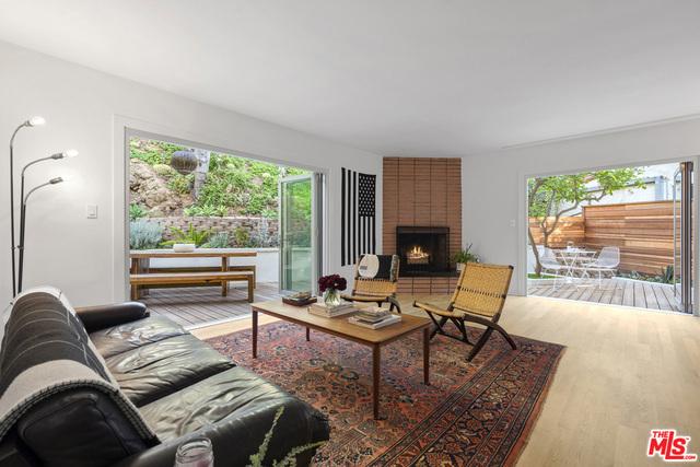 6351 IVARENE Avenue, Los Angeles, CA 90068