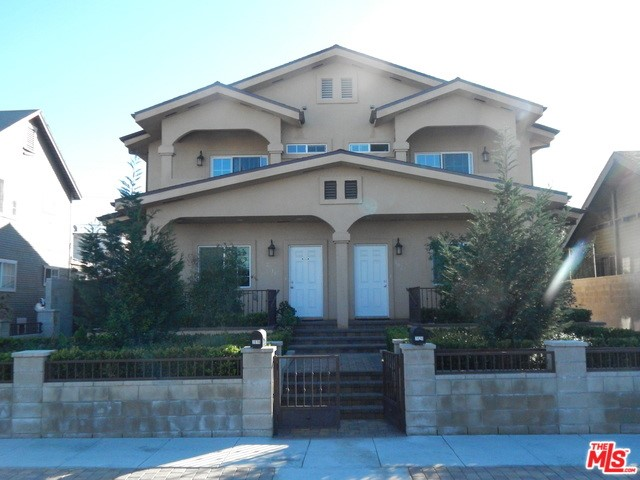 2018 HILLCREST Drive, Los Angeles, CA 90016