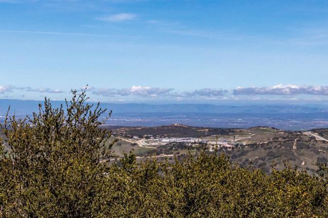 32. 11971 Saddle Road Monterey, CA 93940