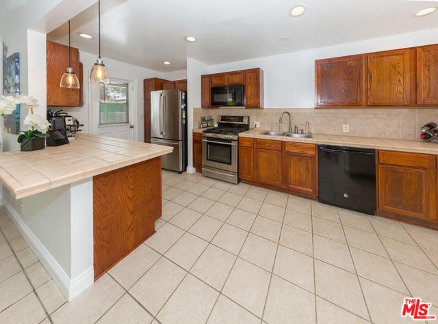 3. 22948 Arminta Street West Hills, CA 91304