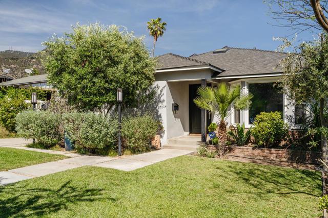 1524 N Grand Oaks Av, Pasadena, CA 91104 Photo 2