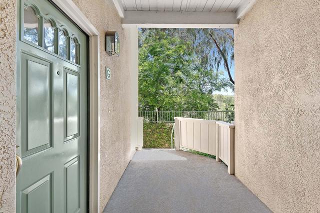 Photo of 578 Water Oak Lane #G, Oak Park, CA 91377