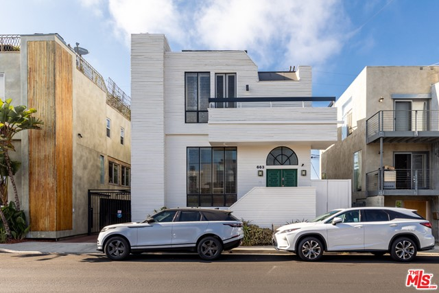 Welcome home to this beautiful property in the Silver Triangle, one of the most coveted neighborhoods on the west side. Seconds to the beach, Abbot Kinney, the Farmers Market and more - this is simply beach living at its best! //About This Home: High ceilings allow natural light to flood into the main space creating a perfect atmosphere to call home. This 4 bed/2.5 bath has a traditional floor plan with 3 bedrooms upstairs and a fourth bedroom on the bottom floor that could be used as flex space, perfect for those who are in need of a home office or would like an additional space for a play room/media den. //You'll Love: The way that the kitchen and the dining room flow into each other for seamless entertaining. //We Love: The location is unbeatable! The Silver Triangle allows for privacy while being less than a mile from the beach. //The Neighborhood: Slightly tucked away from the bustle of Venice, yet central to everything, making this private neighborhood one of the most desired pockets of Venice. The historic Canals are a short distance away and have some of the most beautiful (and famed) bridges to enjoy an evening stroll or watch the sunset on a warm summer evening. An opportunity not to be missed!
