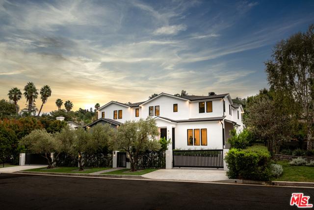 14324 Roblar Place, Sherman Oaks, CA 91423
