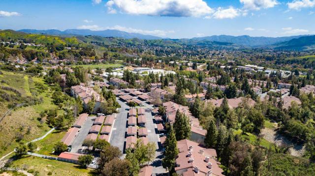 Photo of 5805 Oak Bend Lane #202, Oak Park, CA 91377