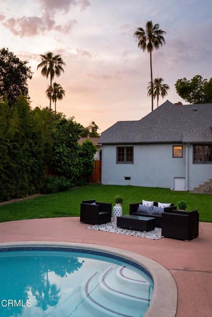 26. 1760 Loma Vista Street Pasadena, CA 91104
