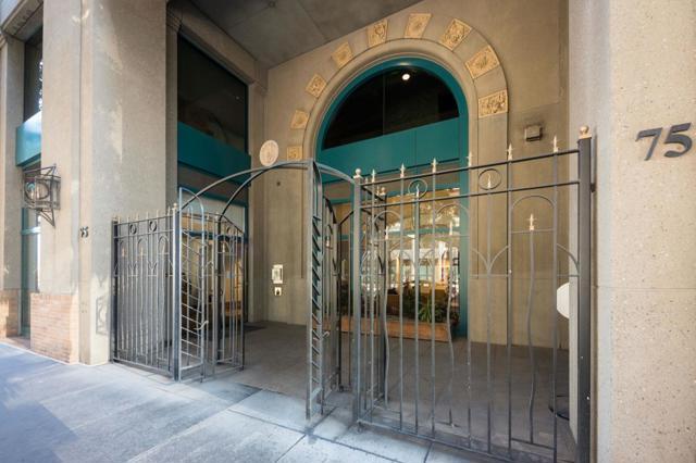 75 Folsom Street, San Francisco CA: https://media.crmls.org/mediaz/687AE0CA-4FED-4086-8B4F-11BA05AA5D6F.jpg