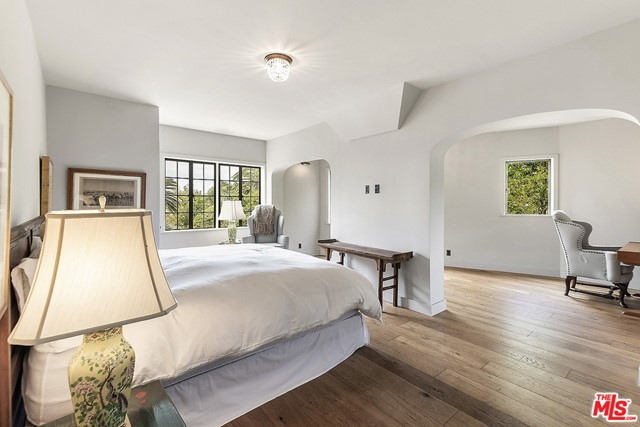 Image 39 of 3705 Lowry Rd, Los Angeles, CA 90027