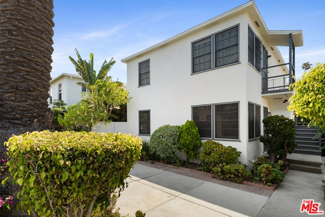 Delightful triplex compound on a quiet residential street. The freshly painted two story front building consists of 2 - 2 bed 1 bath apartments with hardwood floors & lots of light. The separate back 2 story house features a bright, airy 2 bed 2 bath upstairs with bamboo floors, large skylight, central heat and air and access to a huge attic space. The sliding doors off the living area open up to a balcony, perfect for morning coffee or evening barbeque. The downstairs has a large laundry room and a separate large bonus/office/storage room with its own entrance and direct access to the 2-car garage (possible ADU?). Numerous fruit trees and flowers enrich the landscape. Enjoy the Venice outdoor lifestyle with three distinct patio areas. The compound is private, gated and includes additional parking. This great live/ work space is blocks to Abbot Kinney, Rose, Whole Foods and the neighborhood's amazing selection of restaurants & shopping including Intelligentsia, Gjelina, Gjusta, Cafe Gratitude, Erewhon, etc. And of course Venice Beach and the Pacific Ocean. Perfect for an owner-user with potential for an investor as well. 2 of the units are vacant and easy to show.