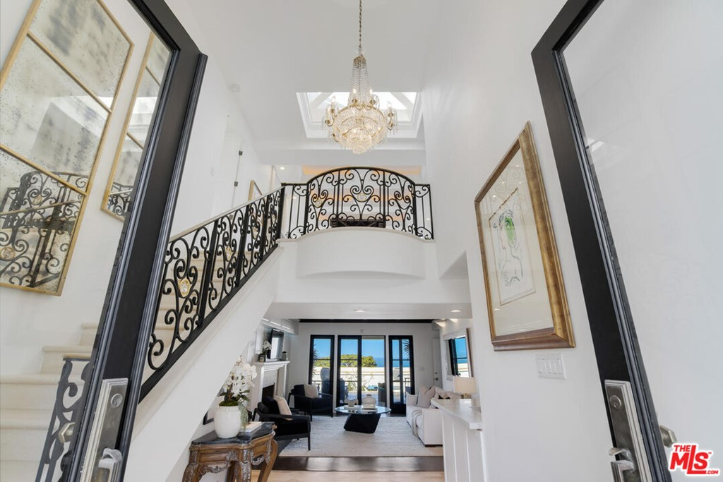 Photo of 541 Via Media, Palos Verdes Estates, CA 90274