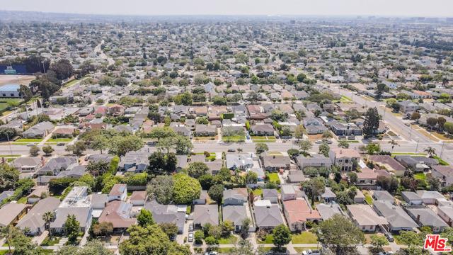 40. 8104 Gonzaga Avenue Los Angeles, CA 90045