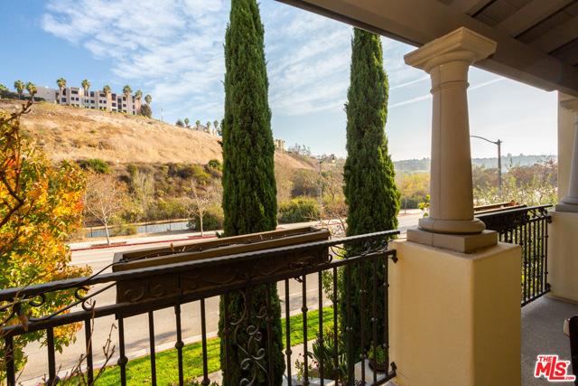 13045 Bluff Creek Dr, Playa Vista, CA 90094 Photo 21