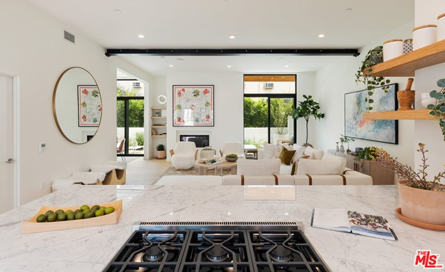 Photo of 812 Huntley Drive #102, West Hollywood, CA 90069