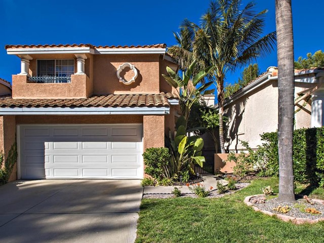 Back on the Market due  to NO fault of property. Move in ready, well maintained home in golf course area of Shadowridge. Beautiful hardwood floors, gorgeous bevel etched style sliding glass doors, and   a doubled sided fireplace that is located in the family room and living room.  Beautifully upgraded bathrooms, and additionally stunning lighting fixtures create an ambiance of comfort and relaxation.  The back yard is set up for Neighborhoods: Bella Vista Complex Features: , Equipment: Garage Door Opener Other Fees: 0 Sewer:  Sewer Connected Topography: LL