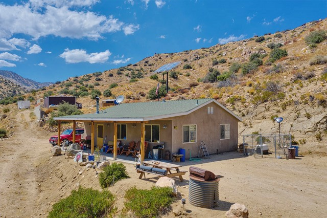49276 BURNS CANYON Road, Pioneertown, CA 92268