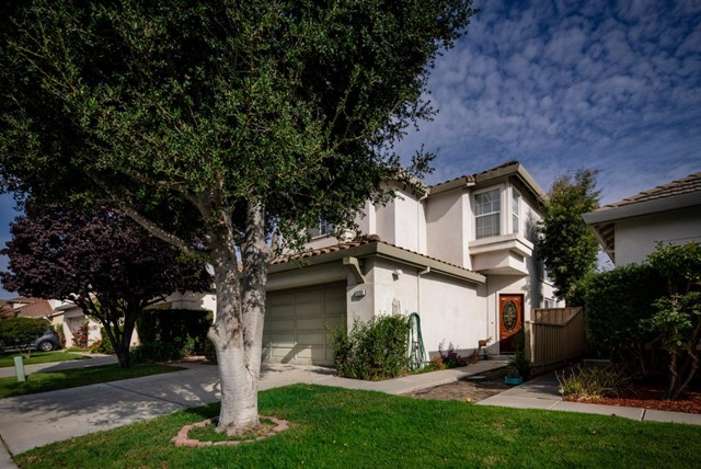 18185 Stonegate Court, Salinas, CA 93908