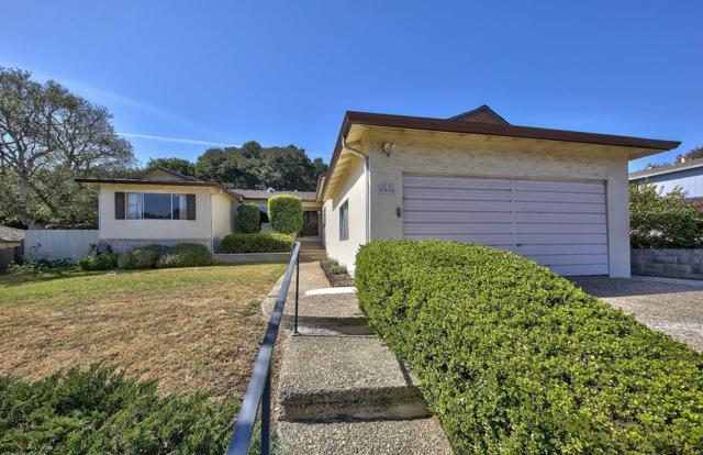 9350 Canyon Oak Road, Salinas, CA 93907