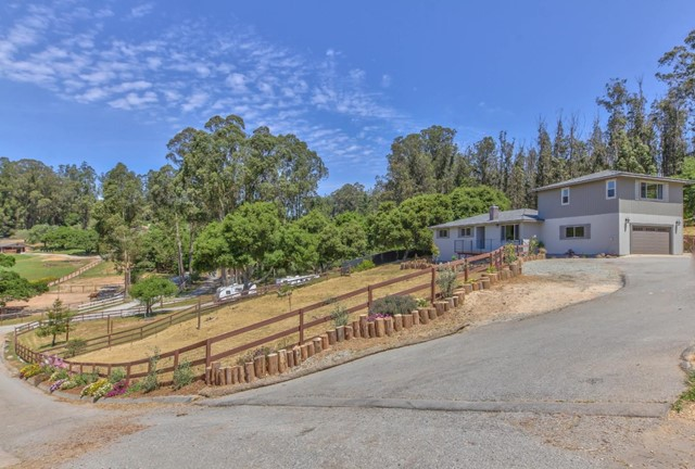 6769 Langley Canyon Road, Salinas, CA 93907
