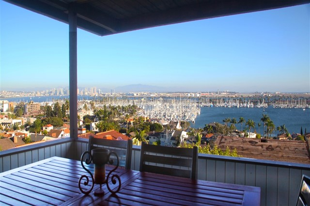 945 Harbor View Dr, San Diego, CA 92106