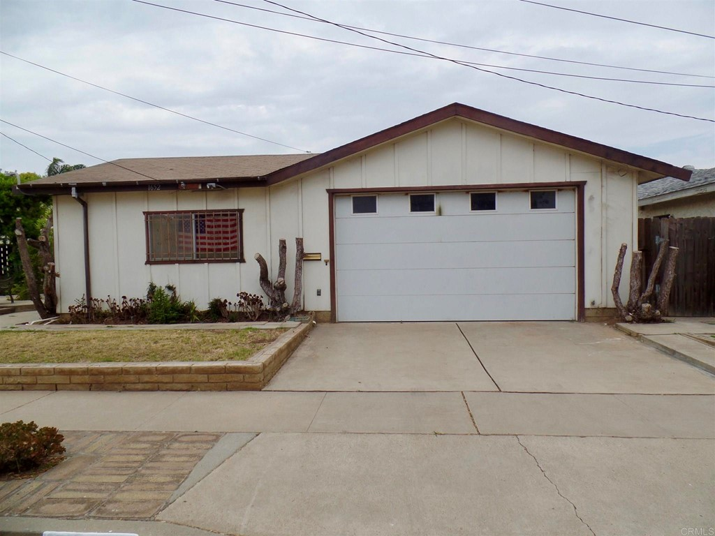 1652     HALLEY, San Diego CA 92154