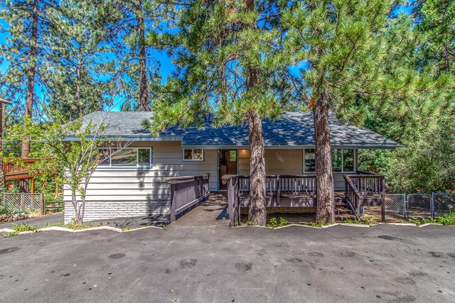 54116 Strawberry Valley Drive, Idyllwild, CA 92549