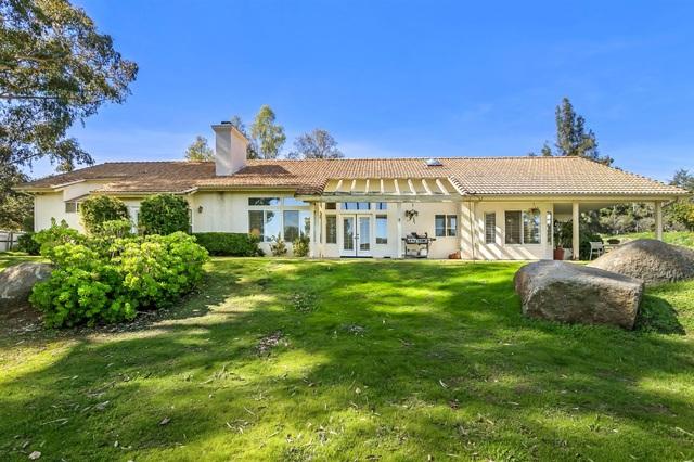 1631 Dewitt Estates Rd, Alpine, CA 91901