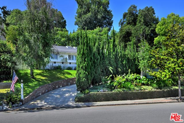 13308 VALLEY VISTA, Sherman Oaks, CA 91423