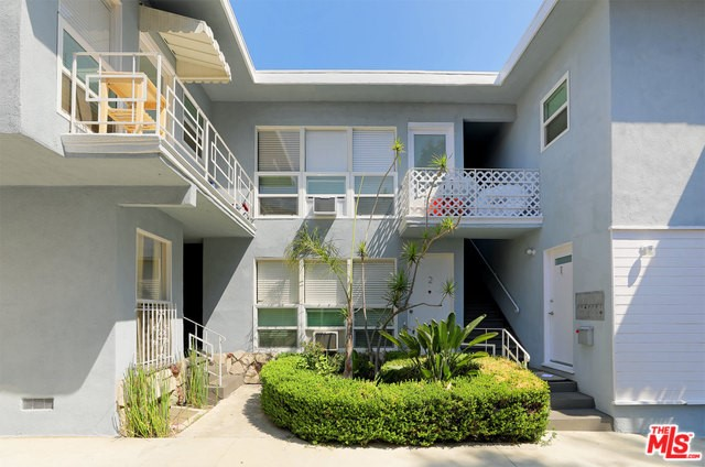 1145 S CORNING Street, Los Angeles, CA 90035