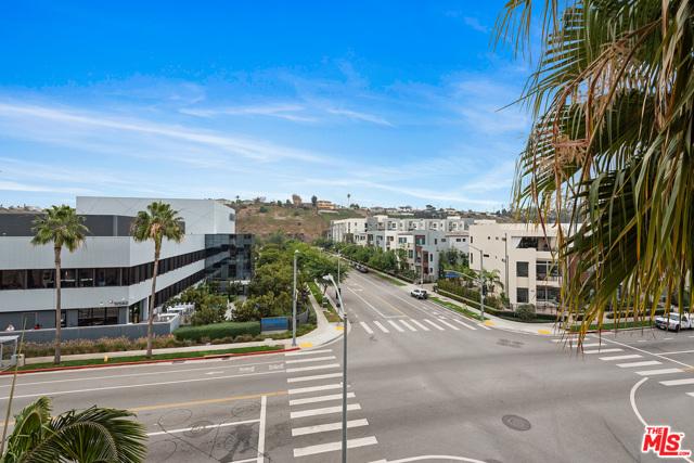 12542 W Fielding Cr, Playa Vista, CA 90094 Photo 18