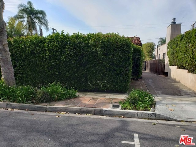 431 WESTMOUNT Drive, West Hollywood, CA 90048